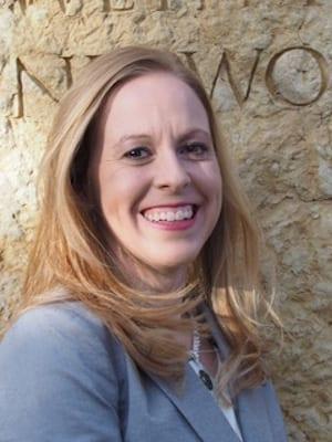 Caroline Smith headshot
