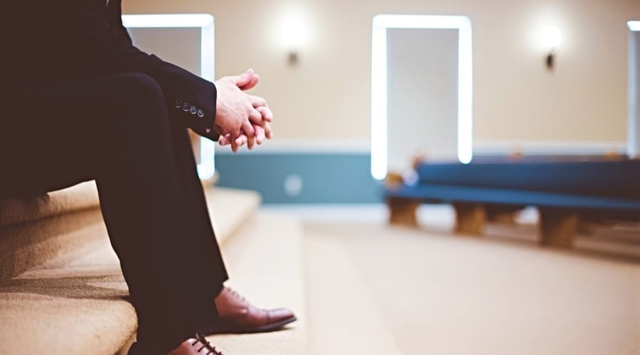 4 Strategies to Shrink Deep Loneliness of Clergy Leadership
