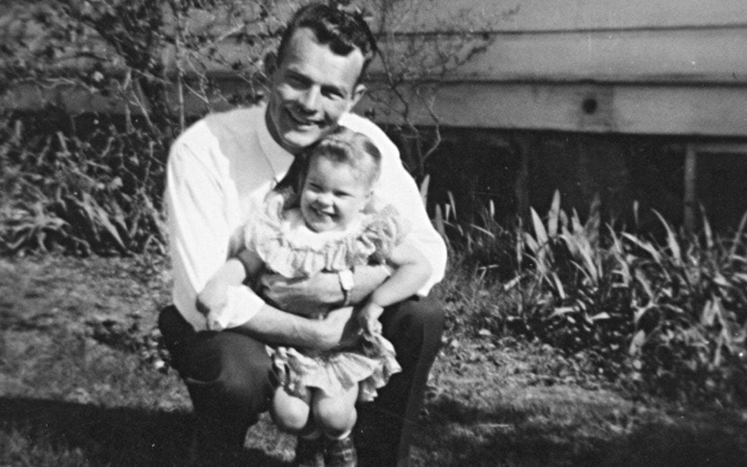 Photo of Laura Landgraf as a child with her dad