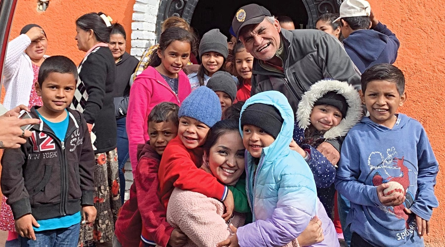 Fellowship Southwest Pastor Stays in Mexico to Help Refugees