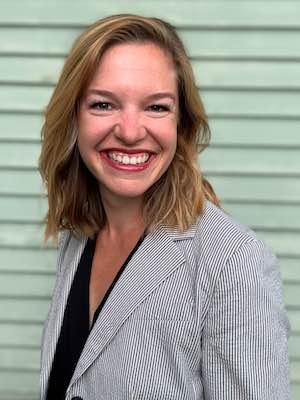 Kristyn Arnold headshot