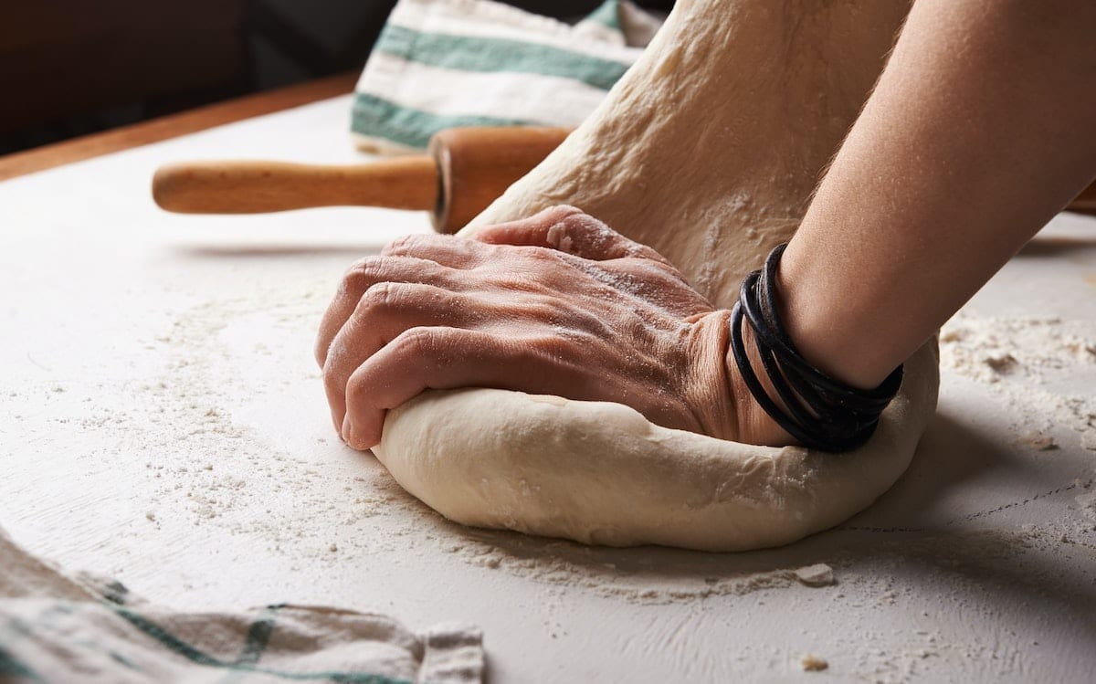 Breadmaking Fosters Virtual Community During Lock-Down