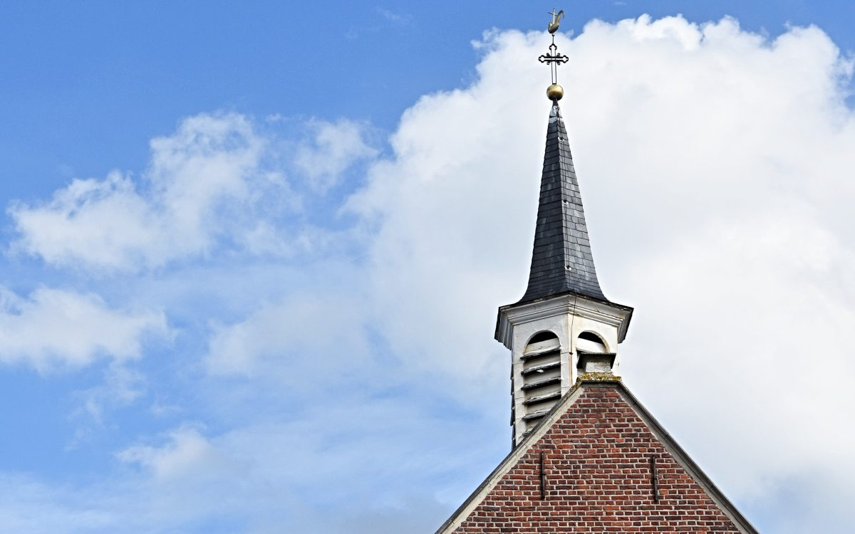 Most Believe Religion's Influence Declining